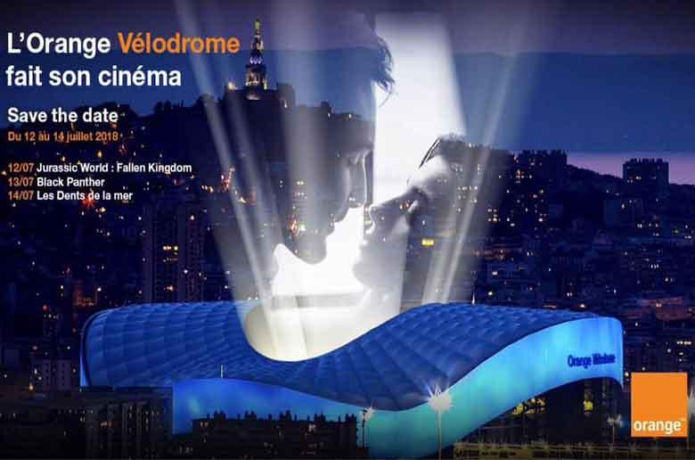Le stade vélodrome transformé en cinéma plein air